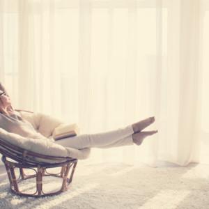 【頑張る女性必見】自宅でできる簡単リラックス方法7選!
