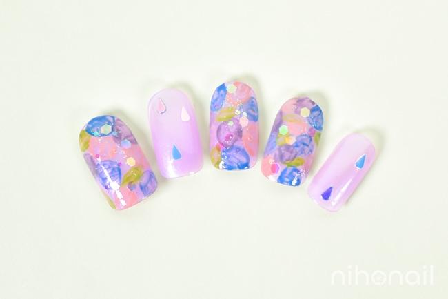 雨粒ホロの紫陽花ネイル